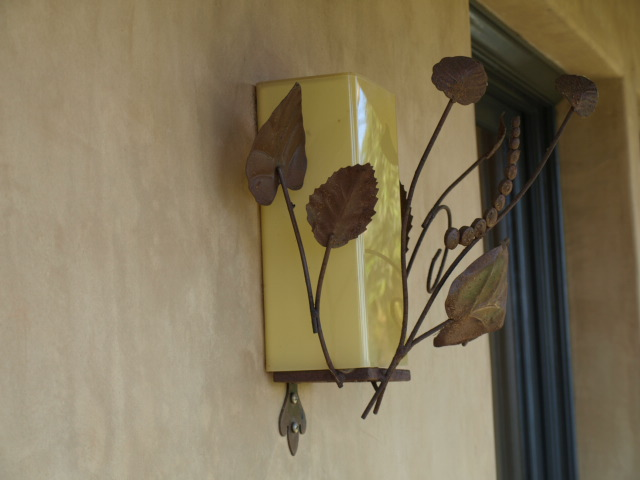 outdoor lighting sconce